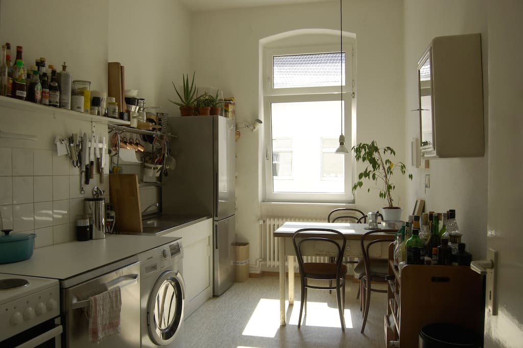 Fully equipped kitchen complete with washing machine, tumbler, dishwasher