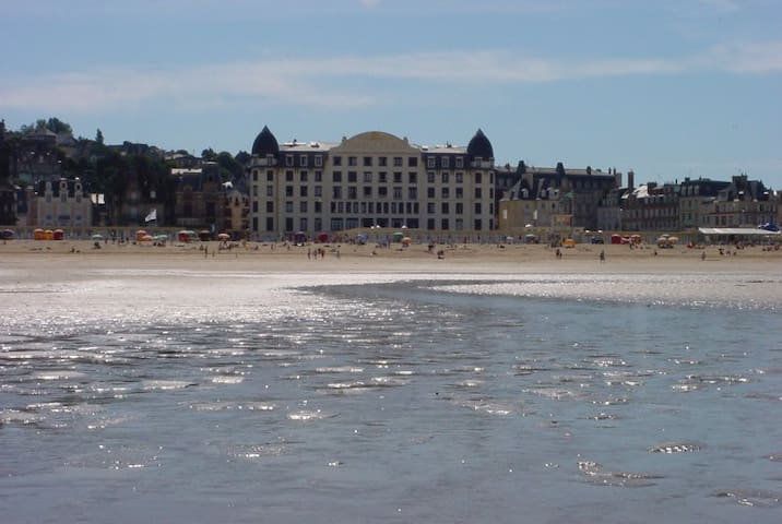 2 pieces 4 pers. Trouville Palace