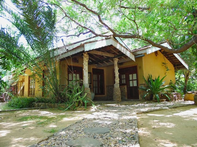 Gem River Edge Eco Home And Safari Chalets For Rent In Yala NP - Gem river