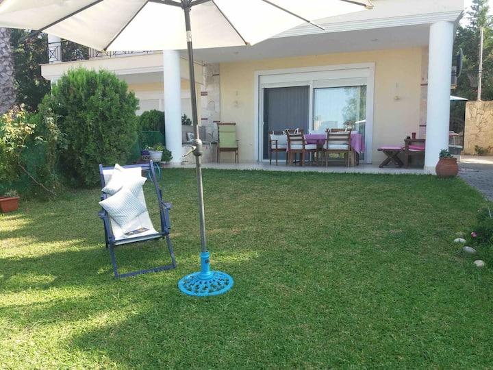 Sunny Villa Calliope
