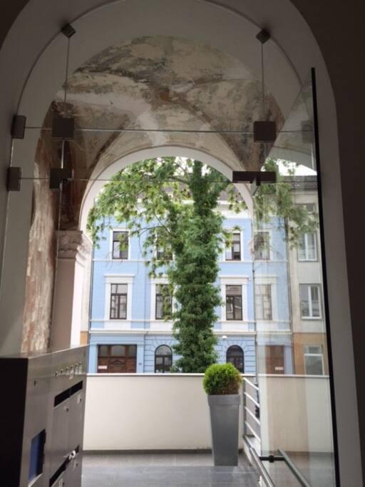 apartment am sch nen lousberg wohnungen zur miete in aachen nordrhein westfalen deutschland. Black Bedroom Furniture Sets. Home Design Ideas