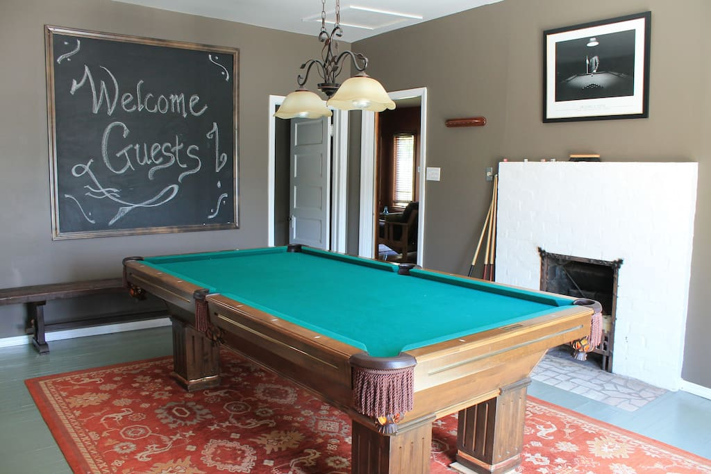Five Room Suite W Pool Table Bar Houses For Rent In Pittsburgh Pennsylvania United States