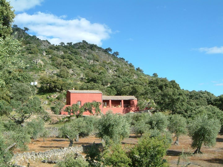 Finca al-manzil, country house in Extremadura