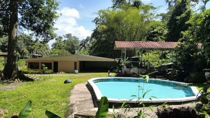 Rancho Roca Fuerte. House sourrounded by nature