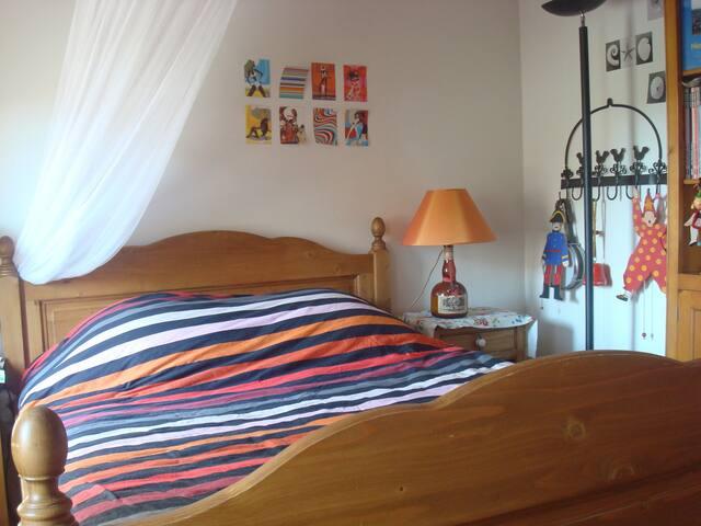 Ma  Maison entre ville et calanques - Marseille - House