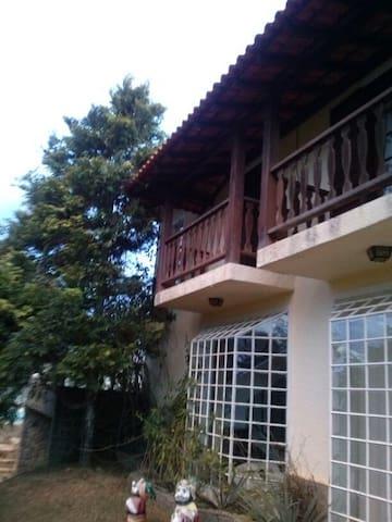 Casa sitio a 90 km do RJ-Melhor do Carnaval /Clima - Miguel Pereira - Cottage