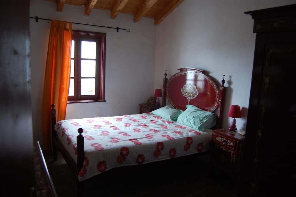 Quarto de casal/ double bedroom
