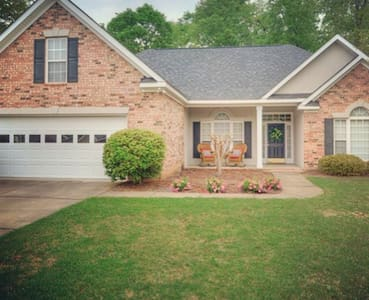 Lovely 4bed/3bath Master's rental - North Augusta