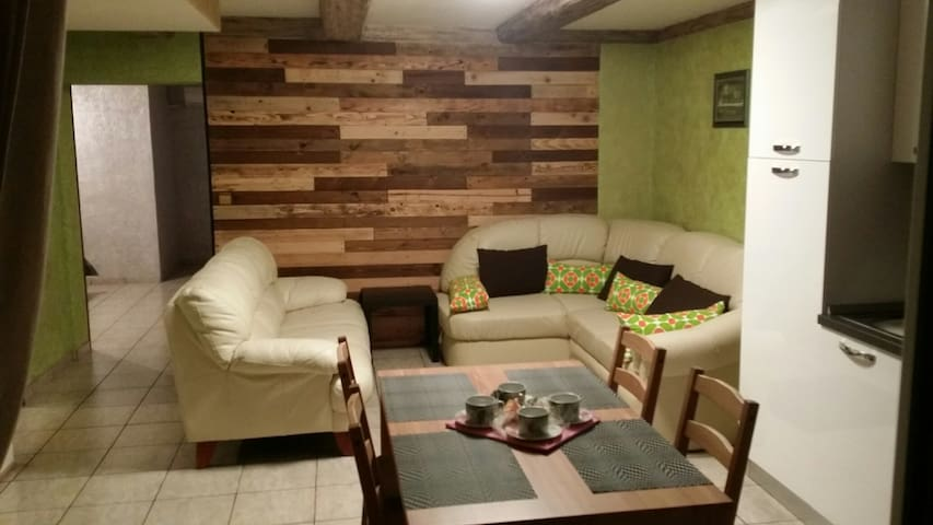 LUCKY APARTMENT  FOR 1 TO 6 PERSONS - Hrvatini