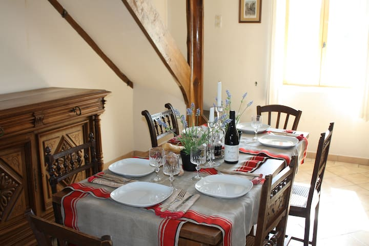 Charming, Spacious House with Views - Belan-sur-Ource - Haus