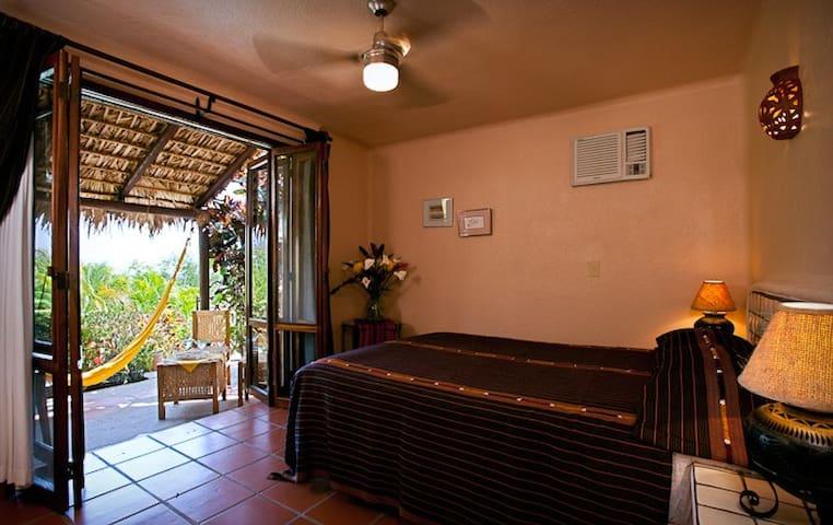 room &  ocean view terraza