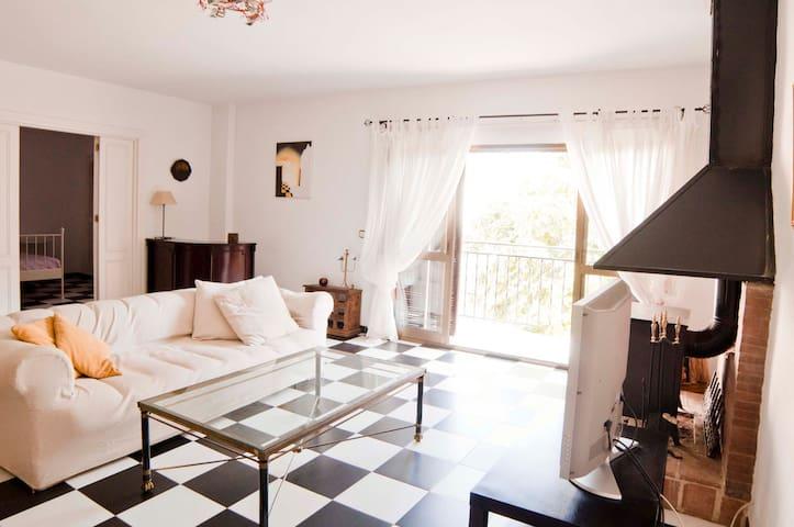 GREAT SPACIOUS FLAT BENALMADENA - Benalmádena - Apartment