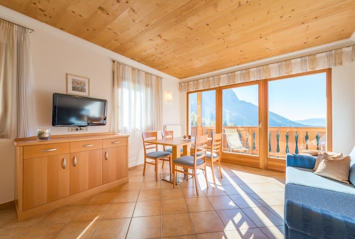 Neue Ferienwohnung  - Kastelruth- Seis am Schlern - Appartamento