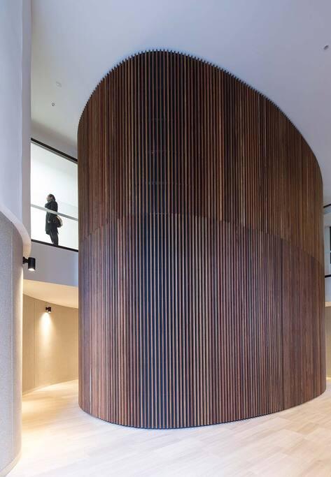Lift and Lobby area of Australia Towers II