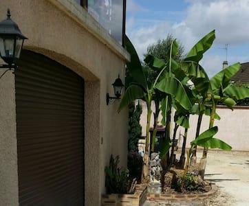 Maison agréable rez-chaussée jardin - Monéteau
