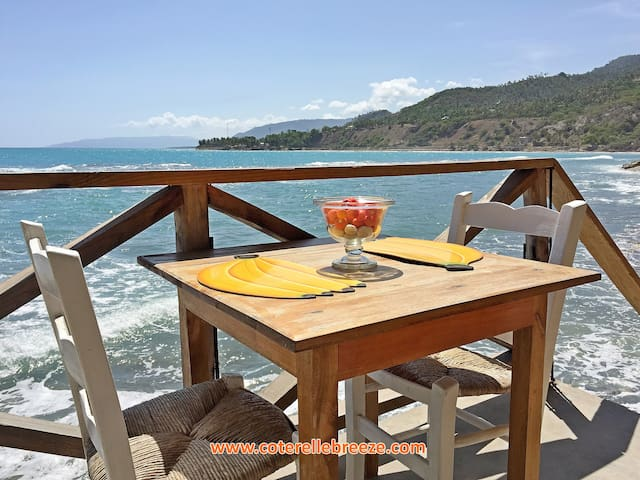 Romantic Ocean Room, Balcony over Ocean - Jacmel