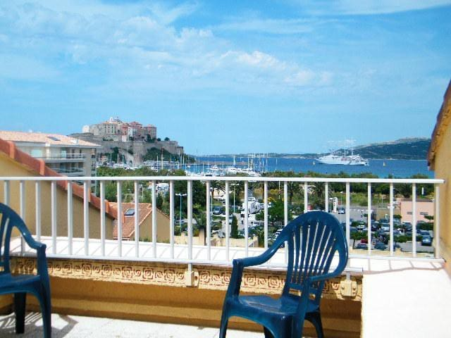 Beach/Centre apartment seeview Calvi - Calvi - Byt