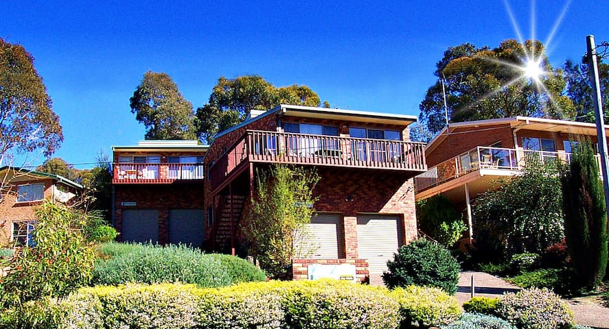 'TALLANGATTA' - beachside apartment - Pambula Beach - Daire