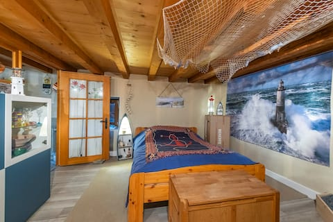 Charming studio footsteps from the Jura