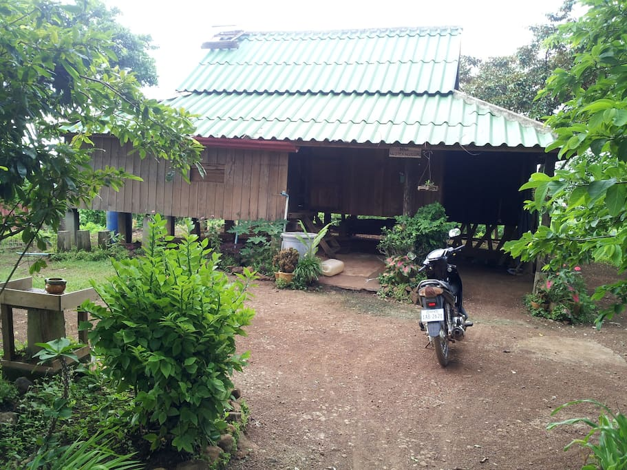 Arriving at the house by motorbike, bicycle or foot. No access for cars