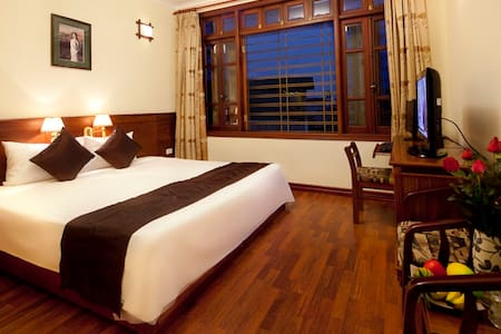 Deluxe city view room/ HN Old town - Hanoi, Hoàn Kiếm, Hanoi, Vietnam - Bed & Breakfast