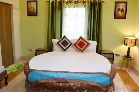 Ixora Villa studio - Mountain view - Rishikesh