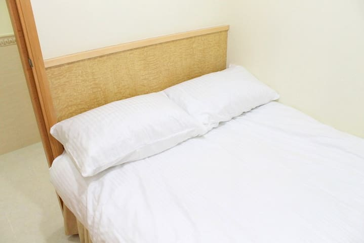 Budget double room 1 min to MTR#2