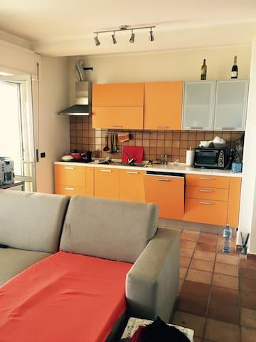 Villa in Calabria , soverato Italy - Staletti - บ้าน