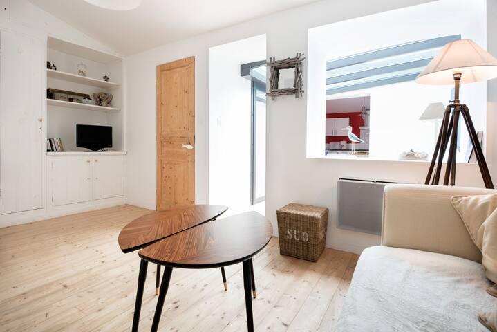 Charmante maison rénovée avec cour - Saint-Trojan les Bains - Ev