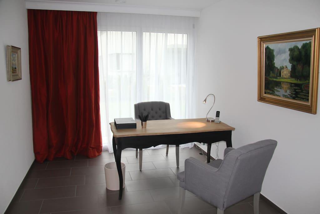 Office und Kleiderzimmer