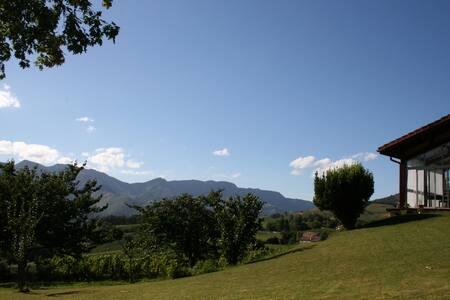 B & B à Irouleguy  - Pays Basque - Irouléguy - Bed & Breakfast - 2