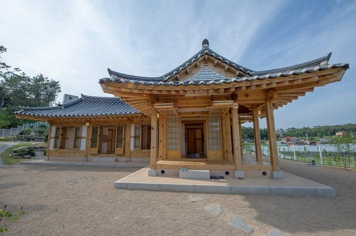 PaperArMusuem-Kyowoldang : Hanok