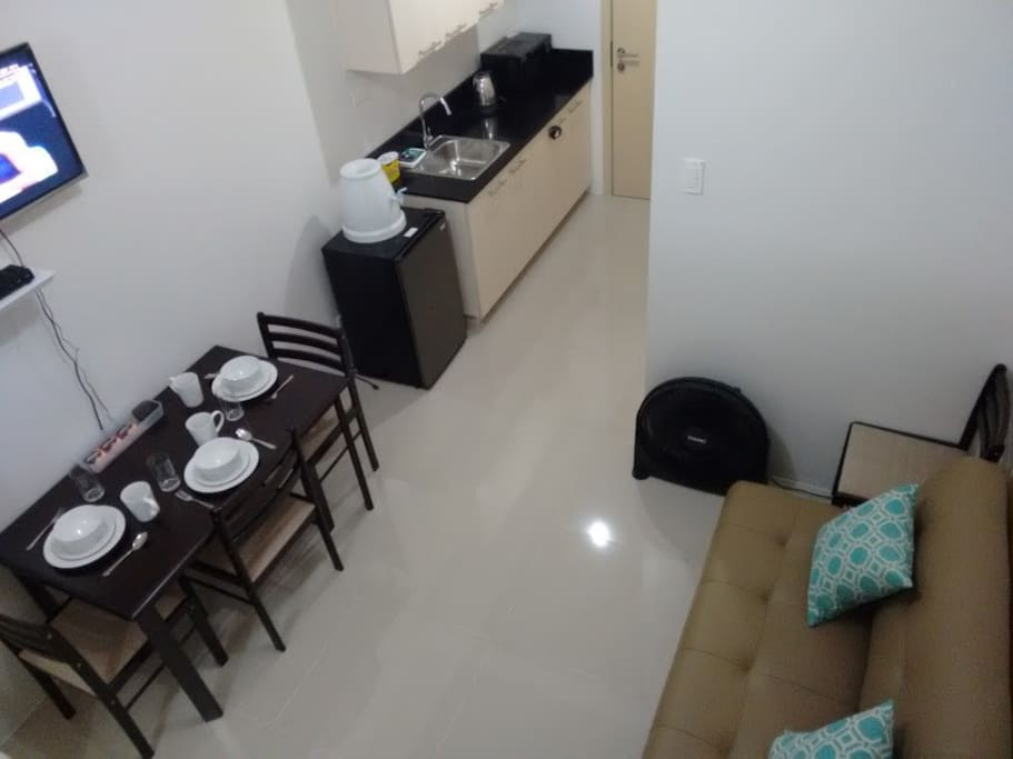Clean Comfy Awesome Location 2 Condominiums For Rent