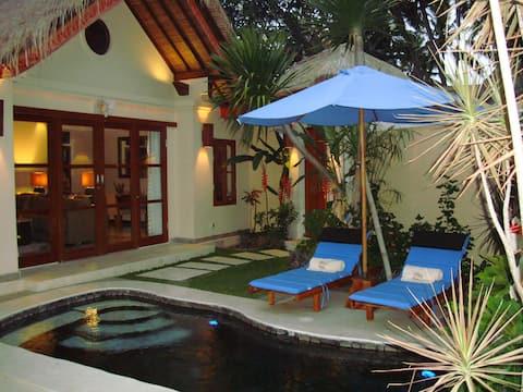 Neue private Villa für 2 mit Pool