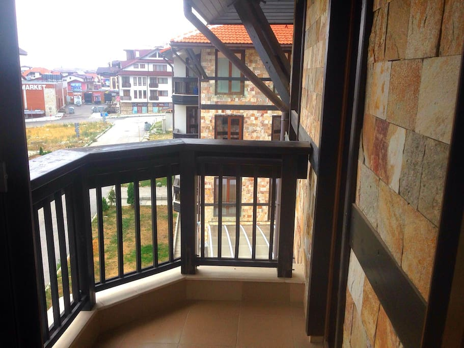 Balcony with views of the Pirin mountains