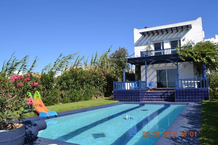 villa en bord de mer/by sea shore - Oualidia - Casa