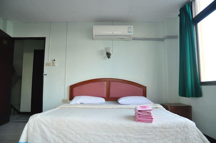 Diamond Phe Hotel - Rayong - Apartment