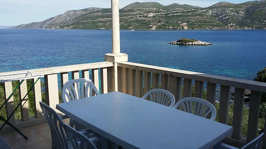 Lovely Apartment By The Clear Korčula Sea | S1 - Korčula - Casa
