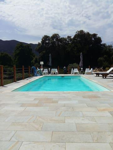 Beau studio proche mer et montagne - Calcatoggio - Дом