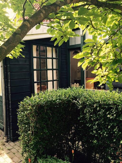 cottage in broek