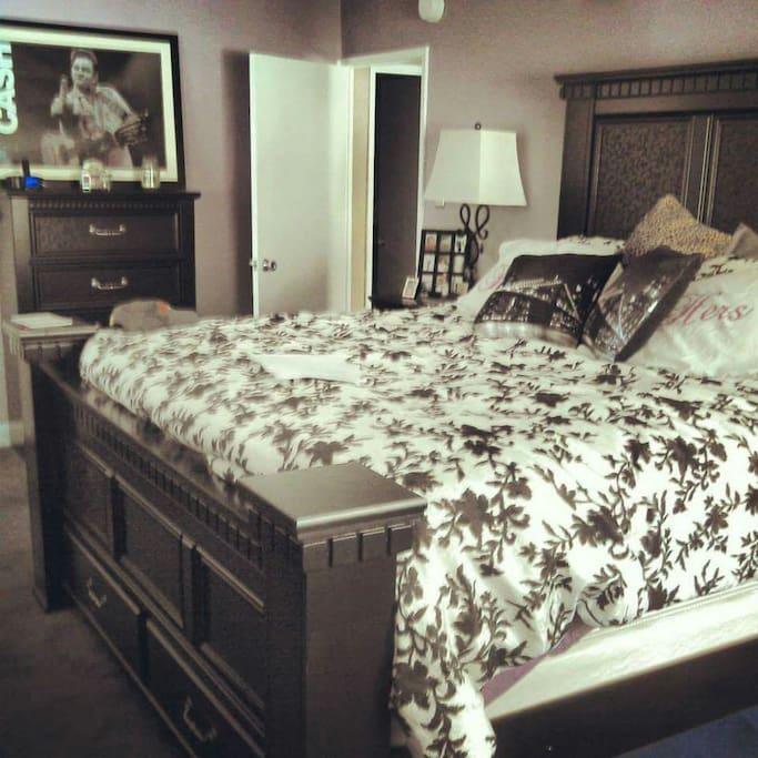 California king in  private bedroom