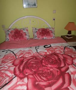 single private room with ac, WC. - Selçuk
