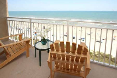 Affordable Oceanfront Condo! - North Myrtle Beach - Apartamento