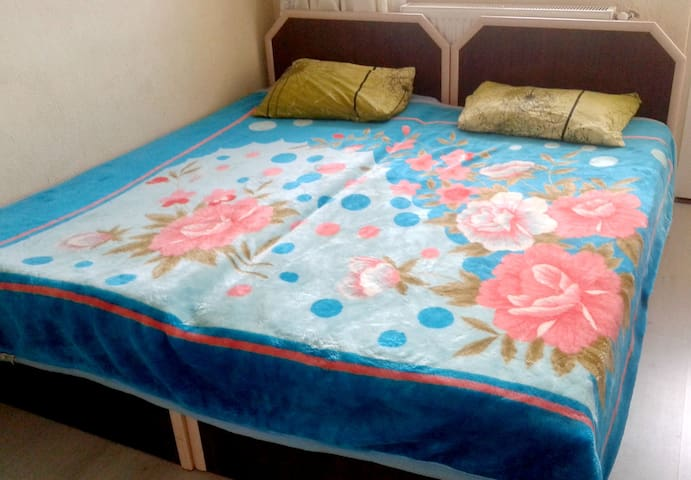 ROOM FOR SINGLE OR A COUPLE - Denizli - Bed & Breakfast