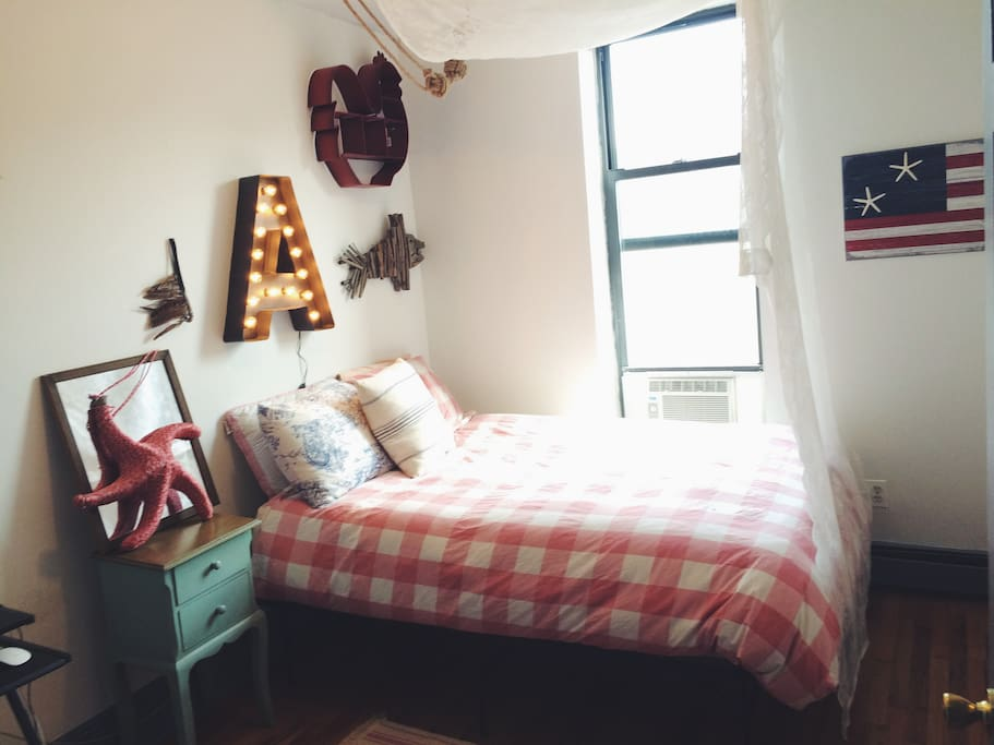 Bedroom 2 (Country-home Decor)