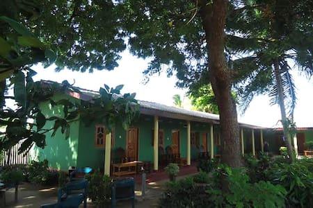 Sea Zone Hotel-Nilaveli - Trincomalee