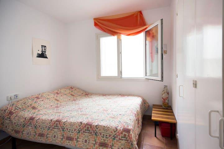facing the lighthouse  - Cadaqués - Apartamento