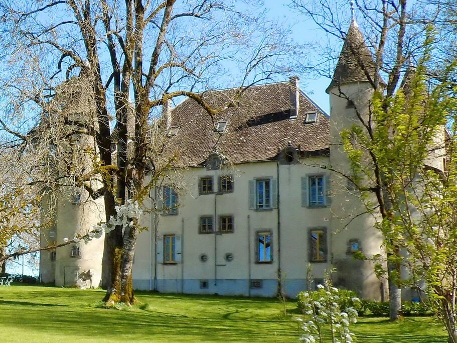achterzijde van het Chateau, net de Efteling!