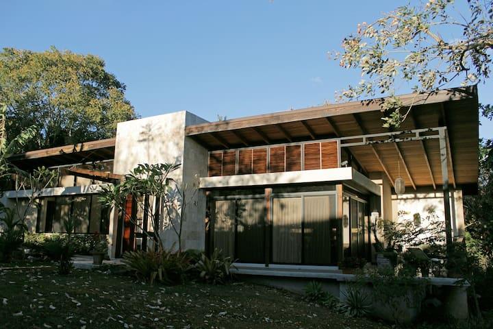 Casa Arazari - Atenas