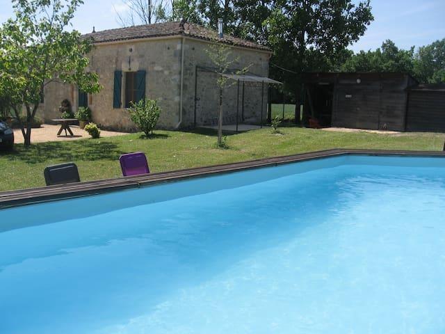 Maison de campagne / piscine privée - Villeréal - Huis